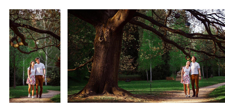 Snoubenci v parku ve Zlíně u stromu.