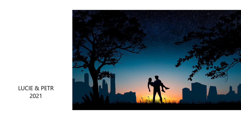 Snoubenci mezi stromy a s městem v pozadí nedaleko od města Zlín.